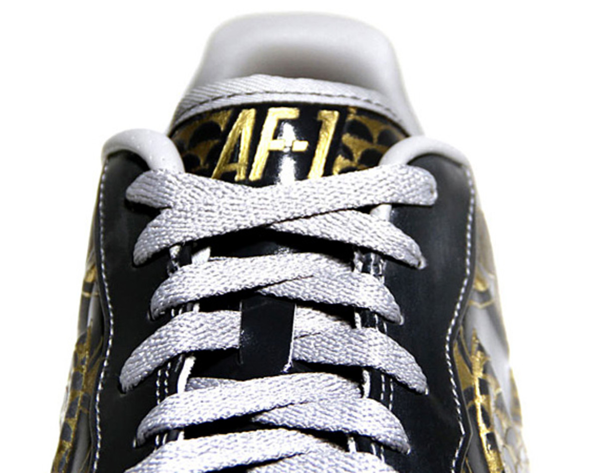 nike-air-force-1-30th-anniversary-year-of-dragon-gold-bespoke-zhijun-wang-13