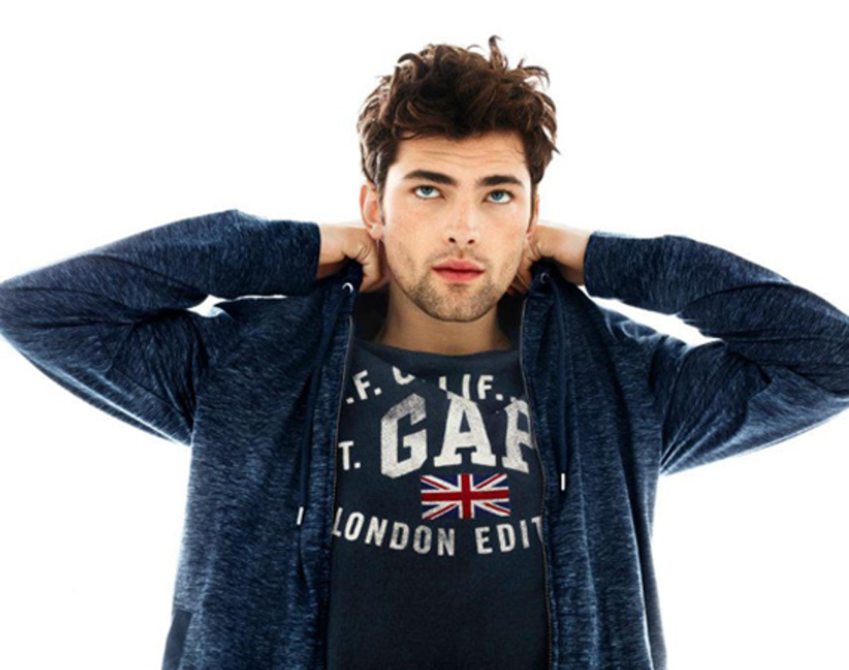gap-summer-2012-collection-tshirt-campaign-05