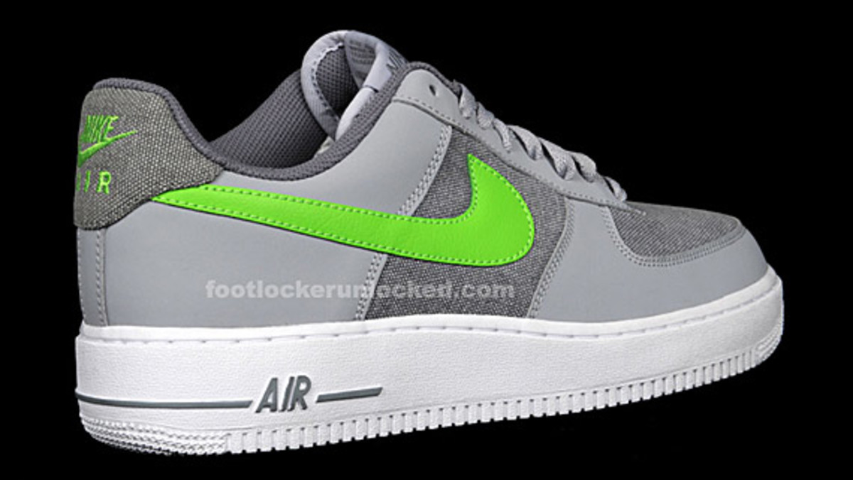 nike-air-force-1-denim-pack-foot-locker-09