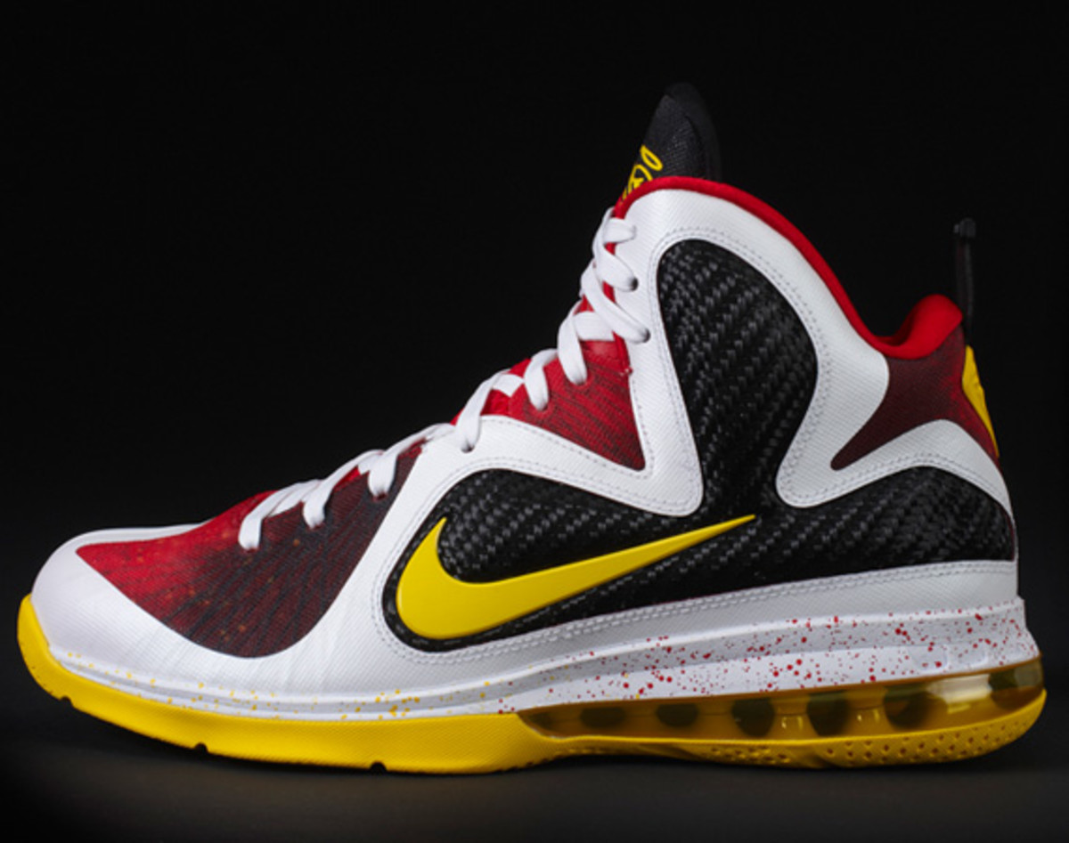 "LeBron James debuts the Nike LeBron 10 ""What The MVP"