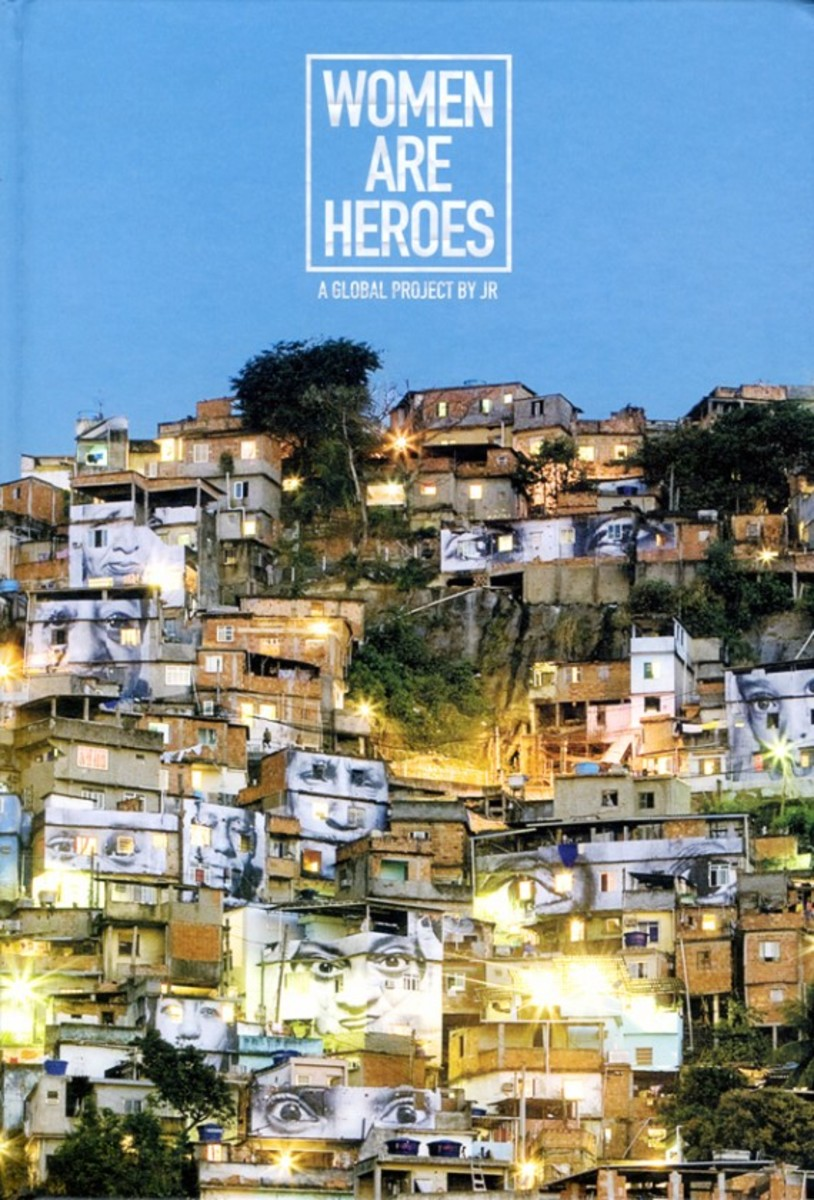 jr-women-are-heroes-a-global-project-book-01