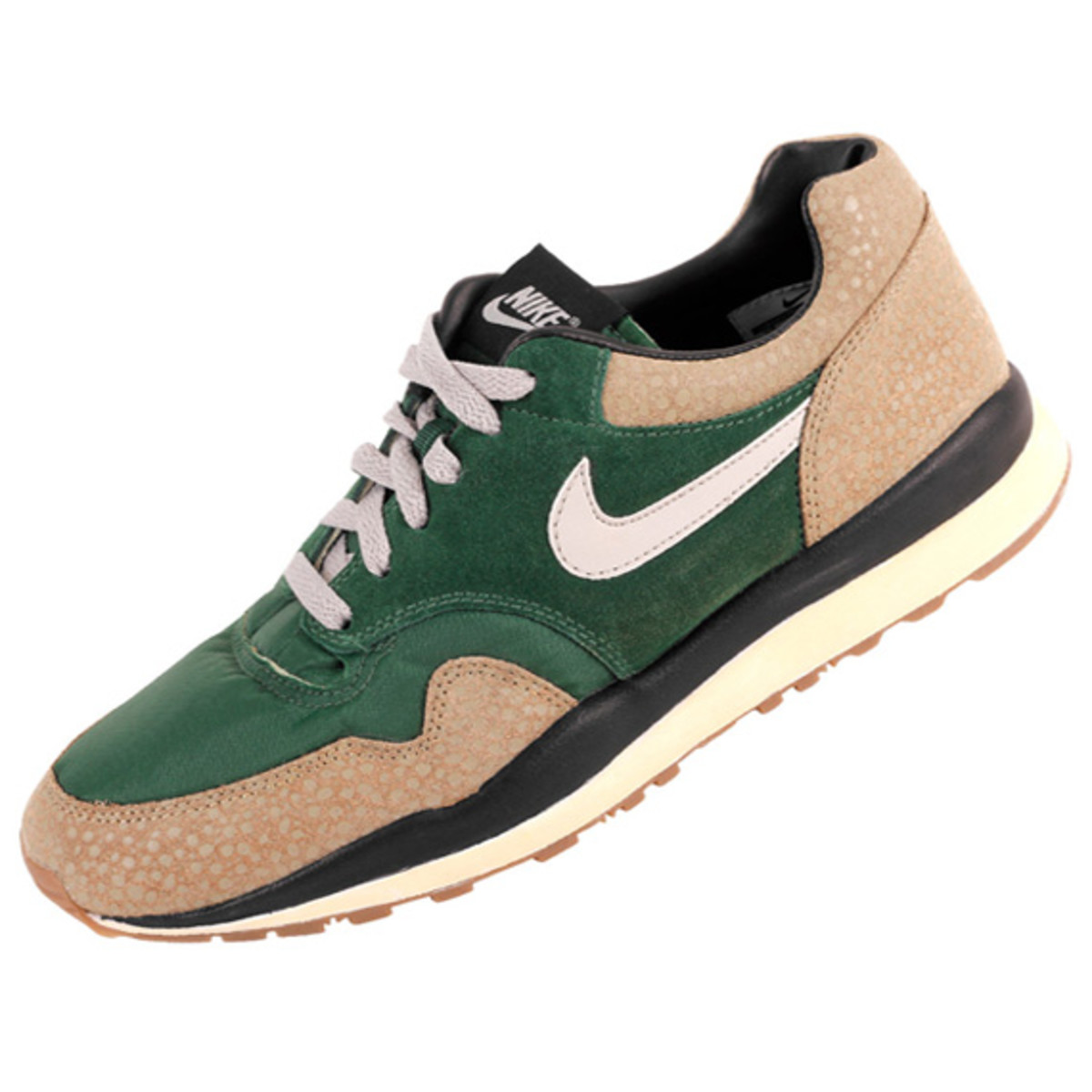 nike-air-safari-gorge-green-01
