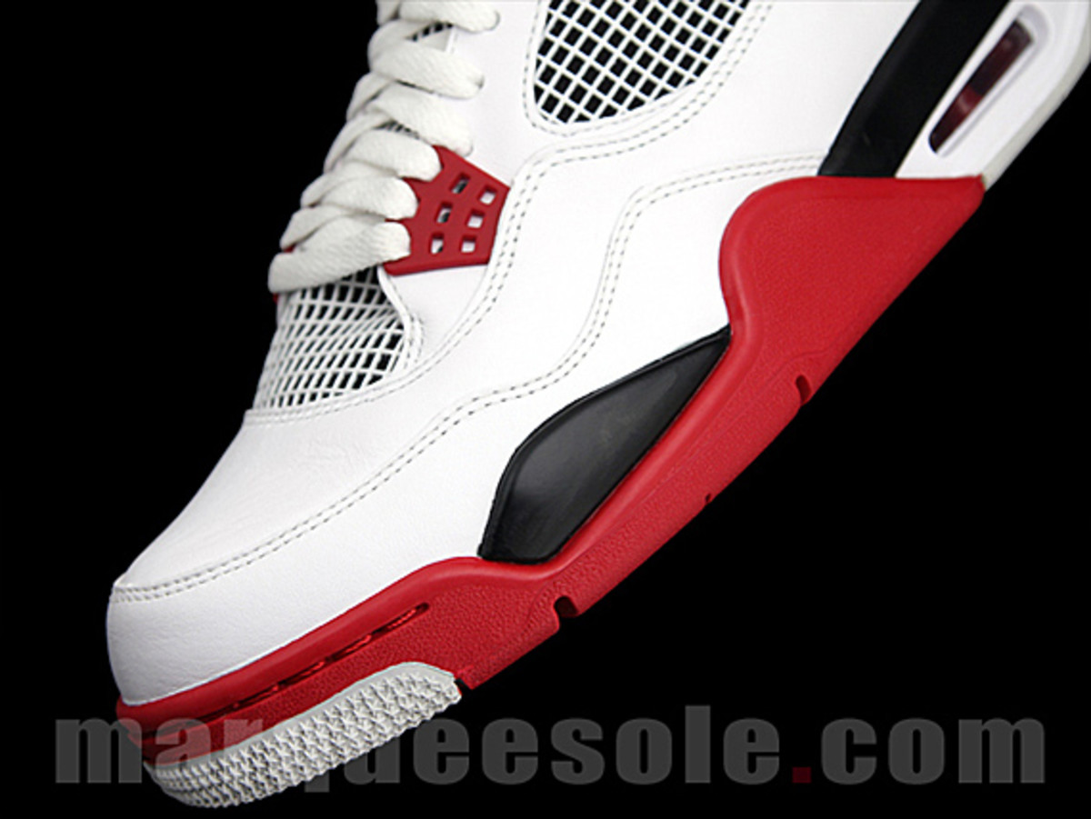 air-jordan-iv-fire-red-06