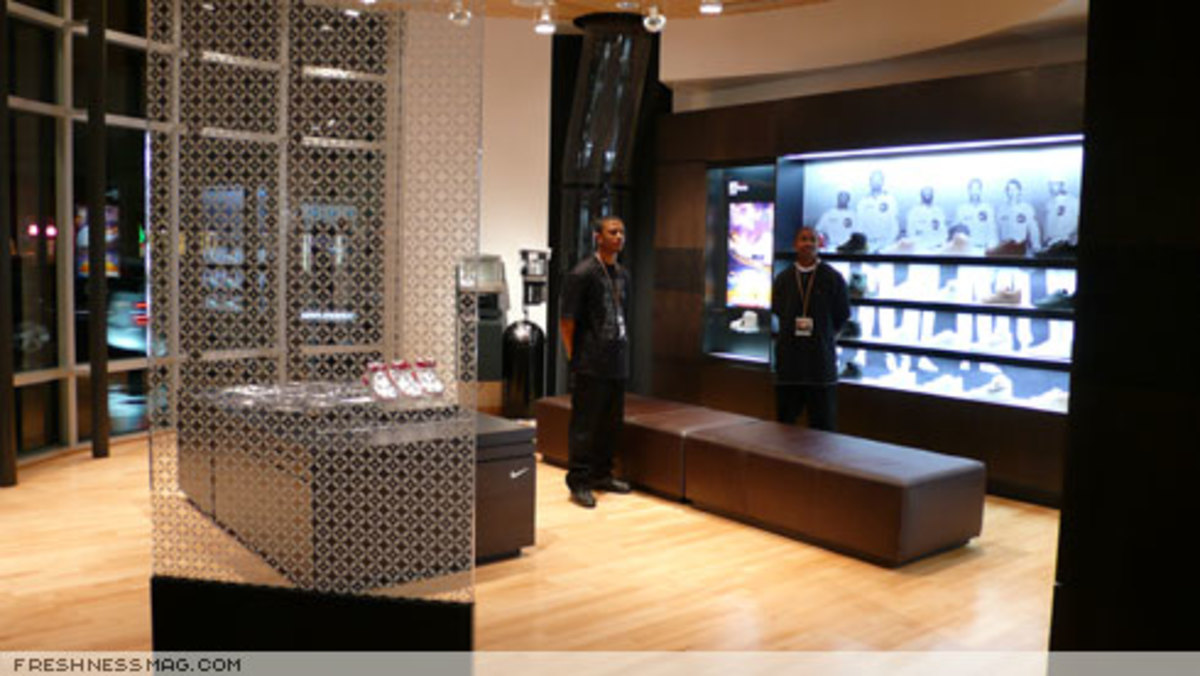 Freshness Feature: Niketown Los Angeles - 5