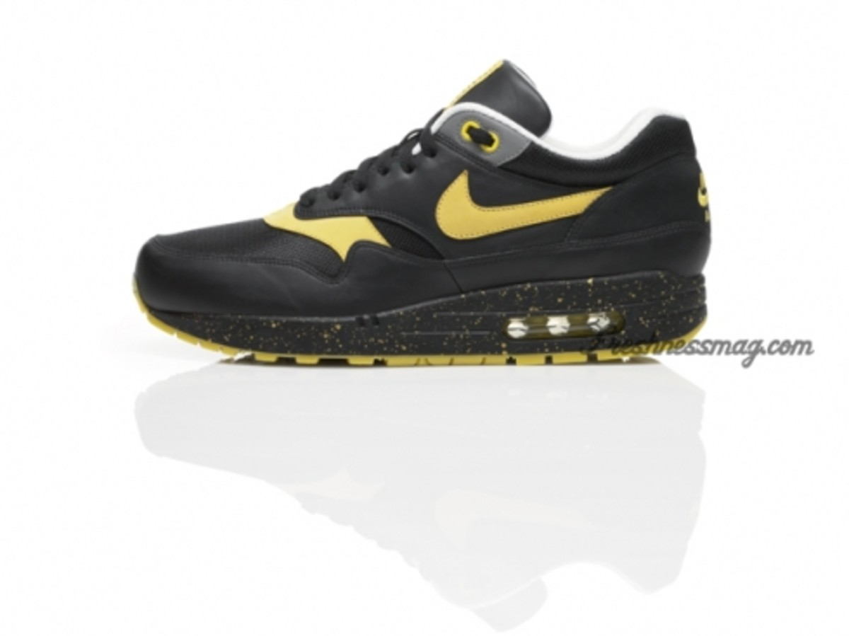 nike-sportswear-x-lance-armstrong-stages-06.jpg