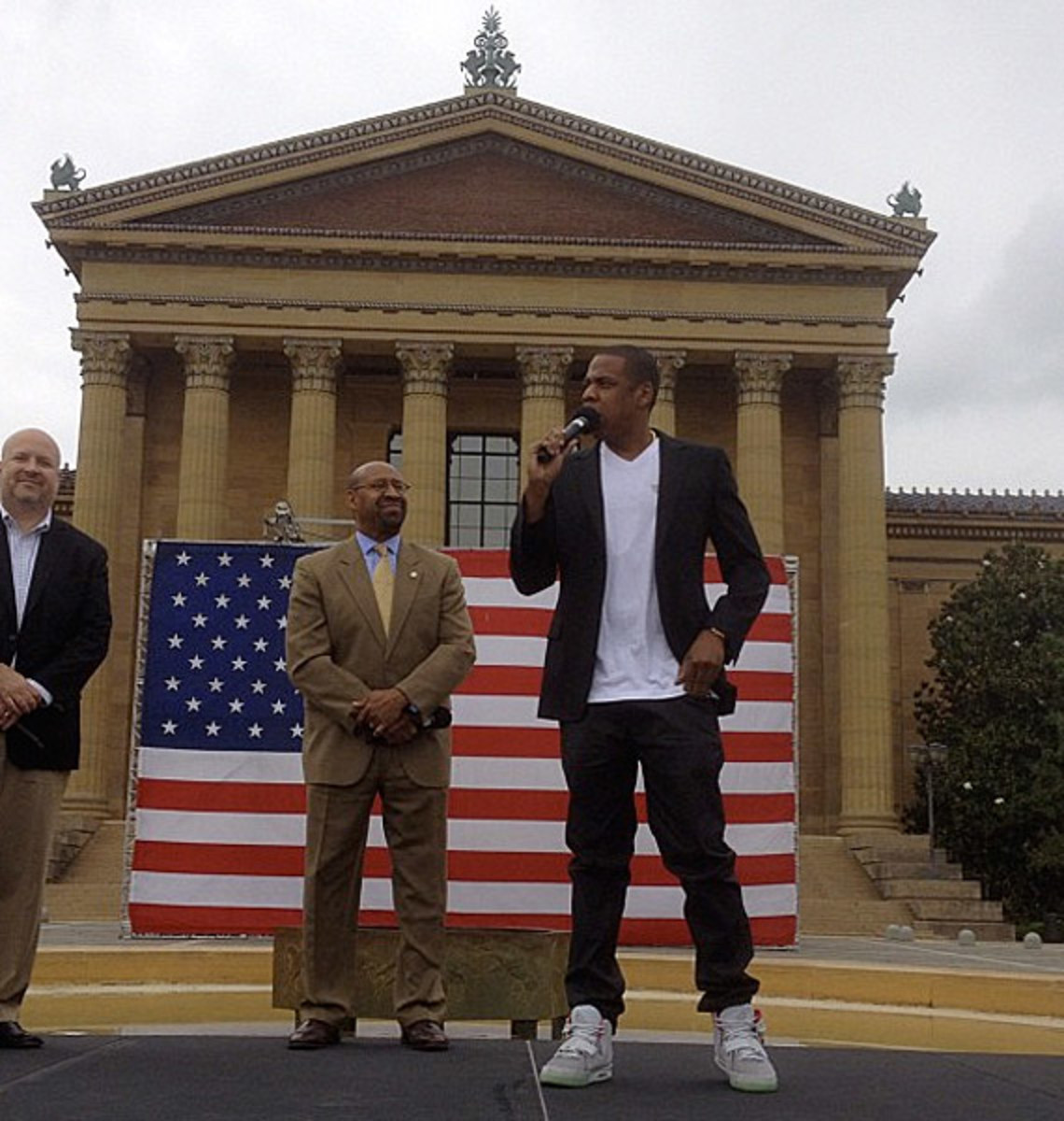jay-z-air-yeezy-2-wolf-grey-004