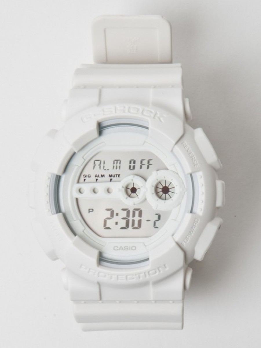 casio-g-shock-gd-100-white-01