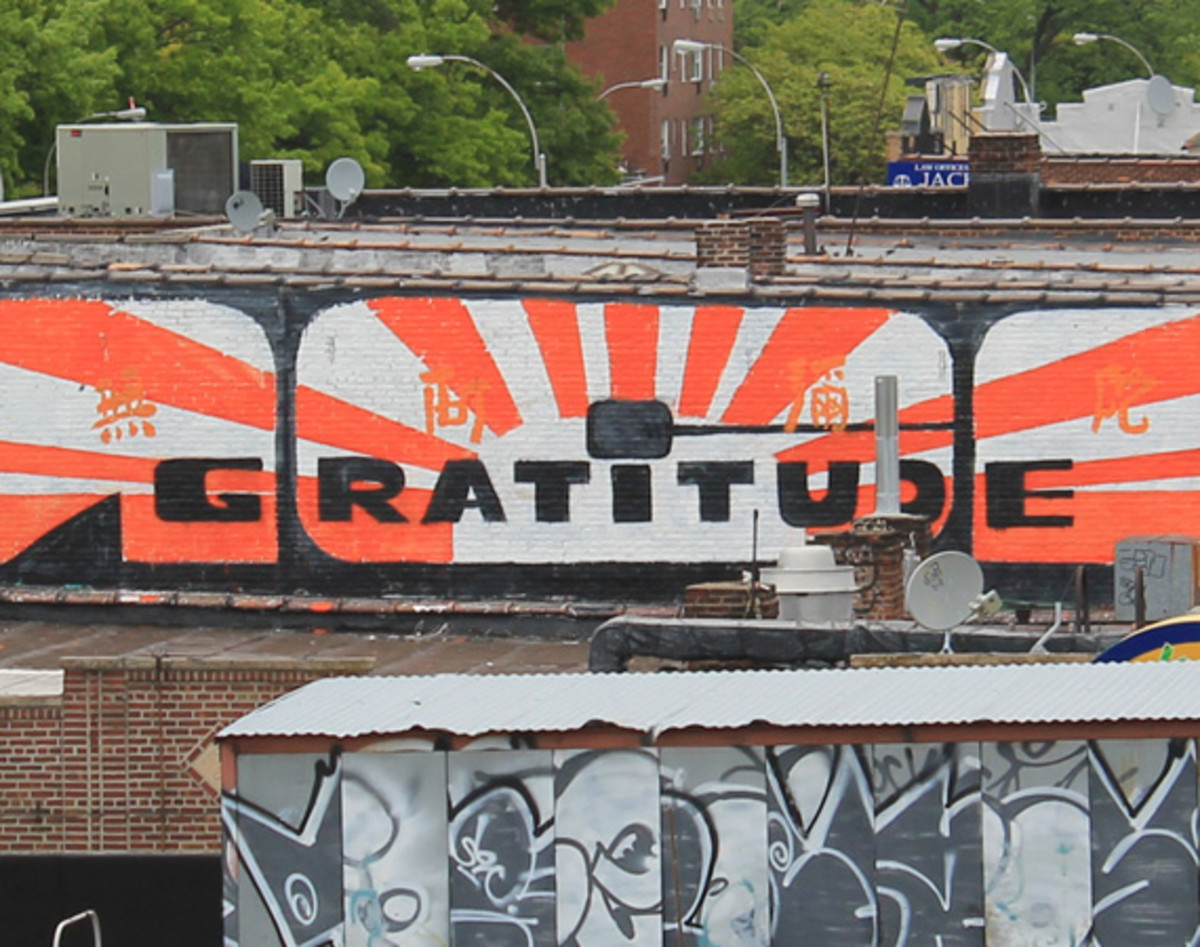 entree-lifestyle-gratitude-adam-mca-yauch-tribute-mural-brooklyn-04