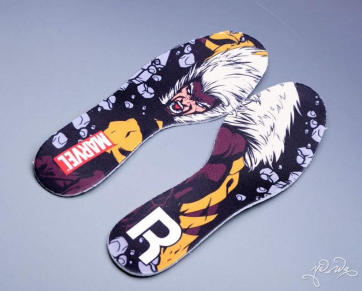 marvel-reebok-night-sky-mid-sabretooth-12