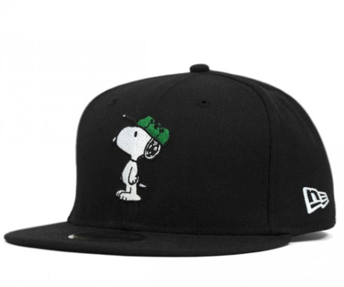 peanuts-new-era-on-spotz-snoopy-59fifty-fitted-cap-01