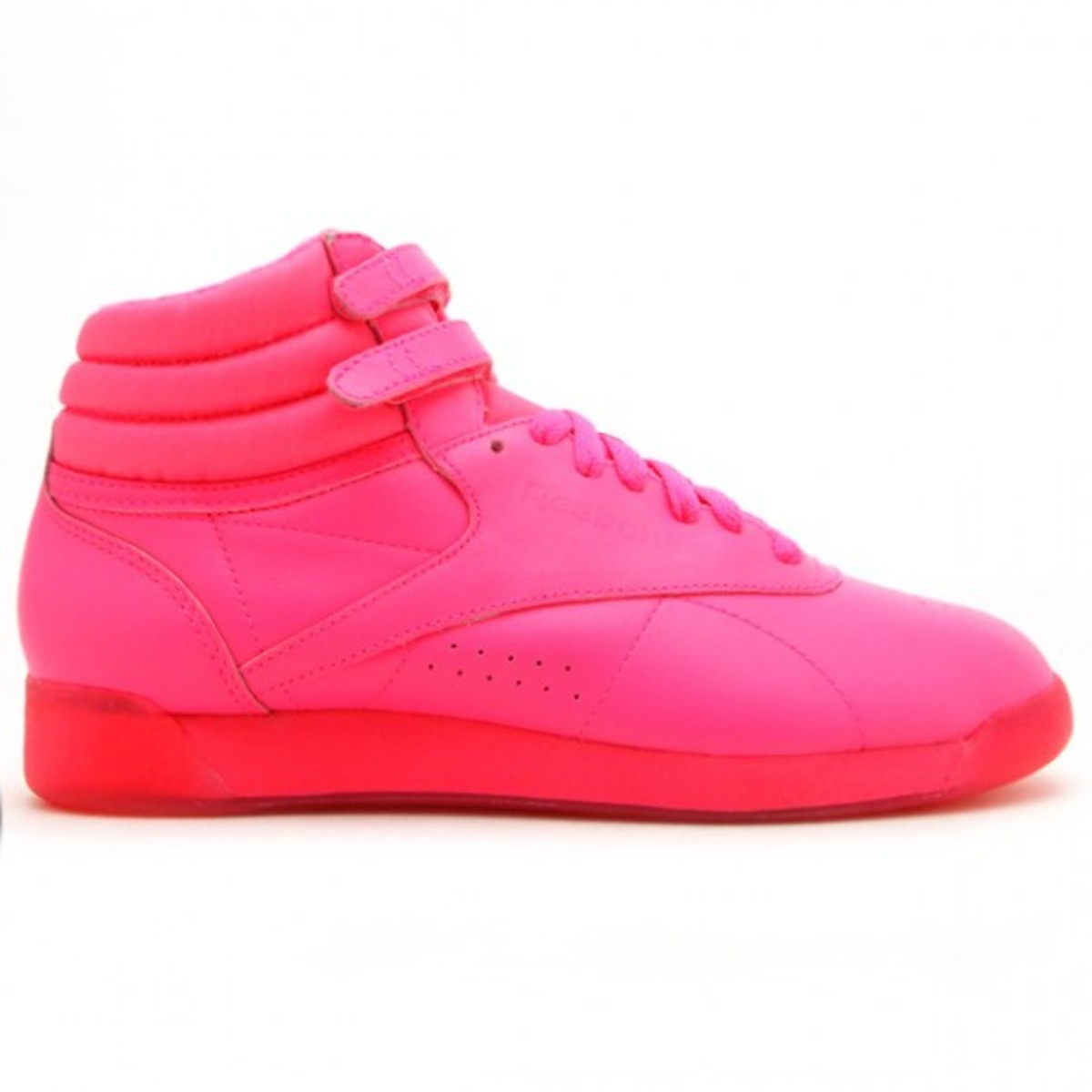 reebok-freestyle-hi-highlighter-neon-pink-2