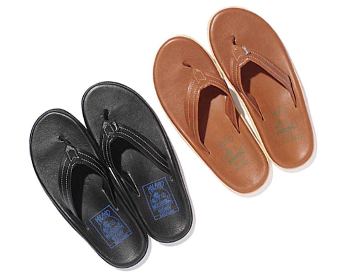 stussy-island-slipper-leather-sandals-00