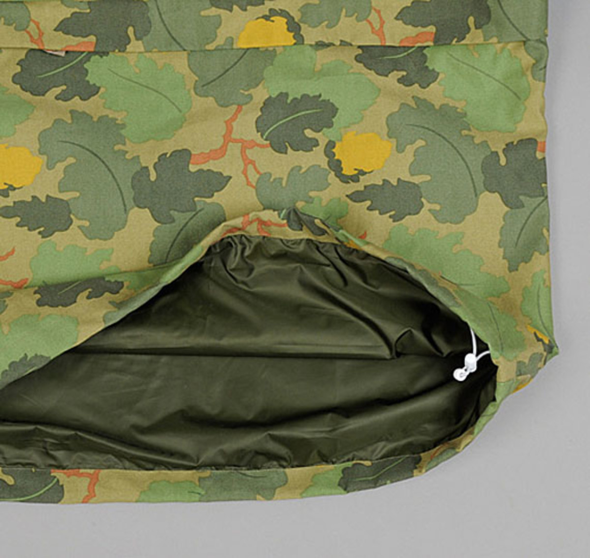the-hill-side-owner-operator-leaf-camo-chino-pack-anorak-08
