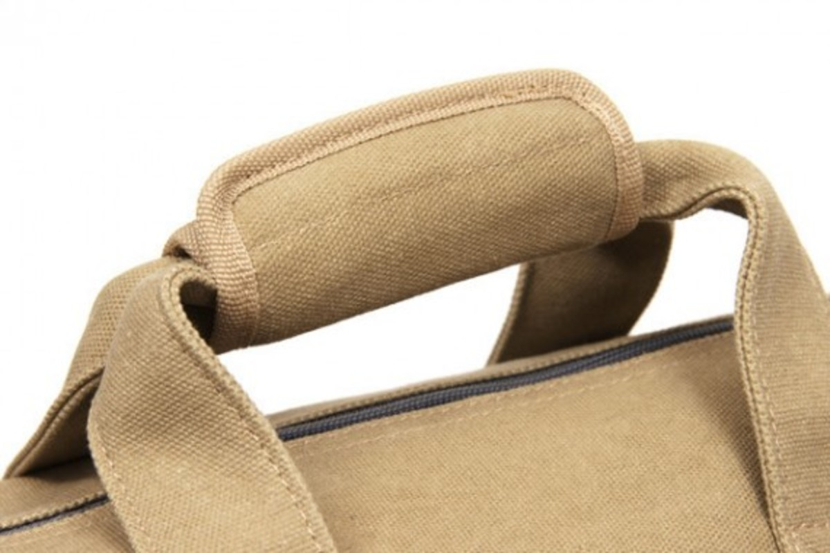 benny-gold-rugged-canvas-duffle-bag-07