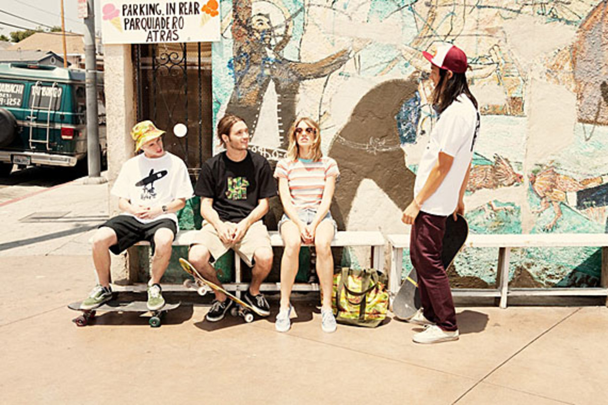 a-bathing-ape-undefeated-summer-2012-collection-lookbook-08