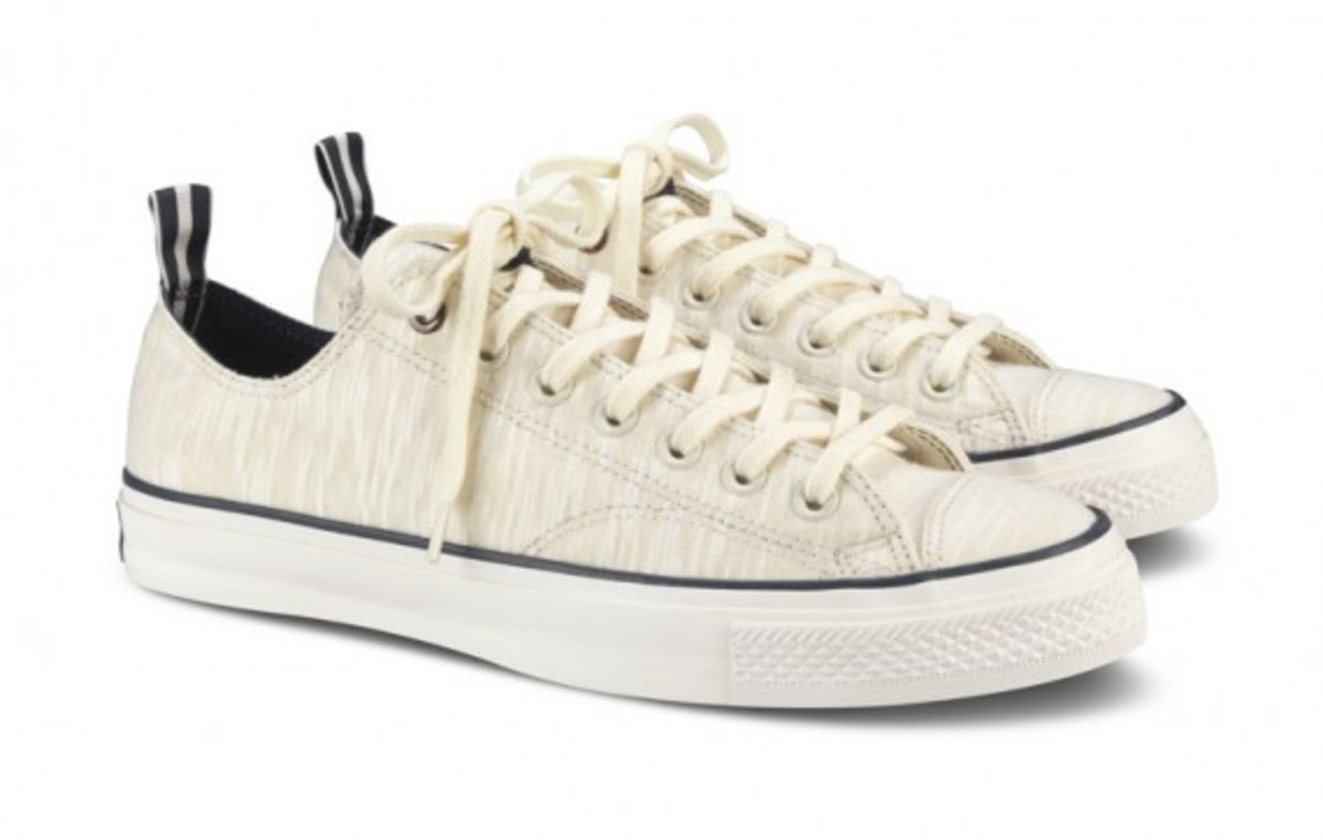 converse-chuck-taylor-first-string-standards-12