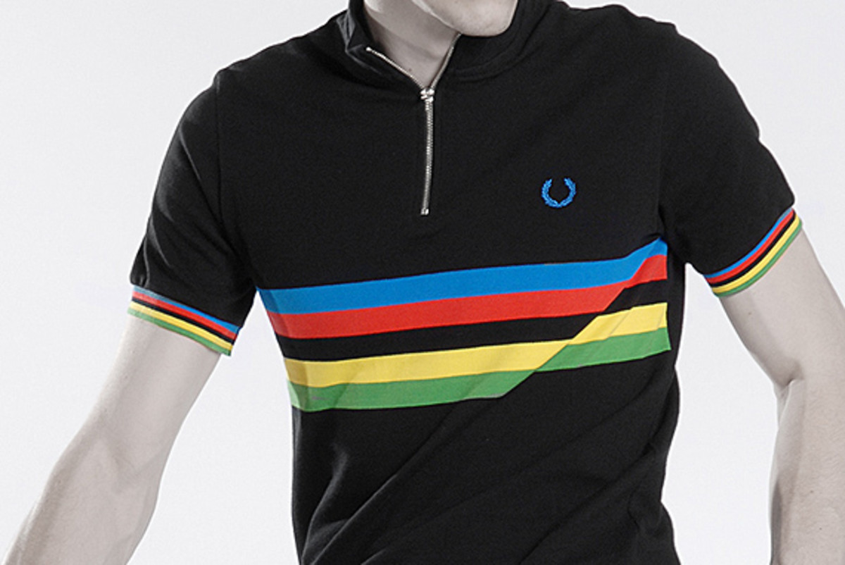 fred-perry-laurel-wreath-blank-canvas-cycling-01