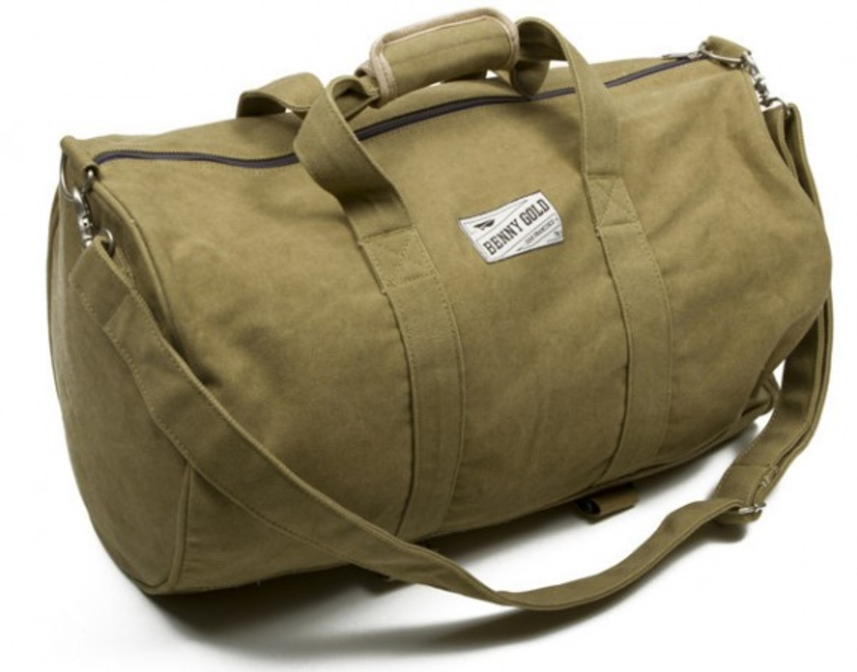 benny-gold-rugged-canvas-duffle-bag-02
