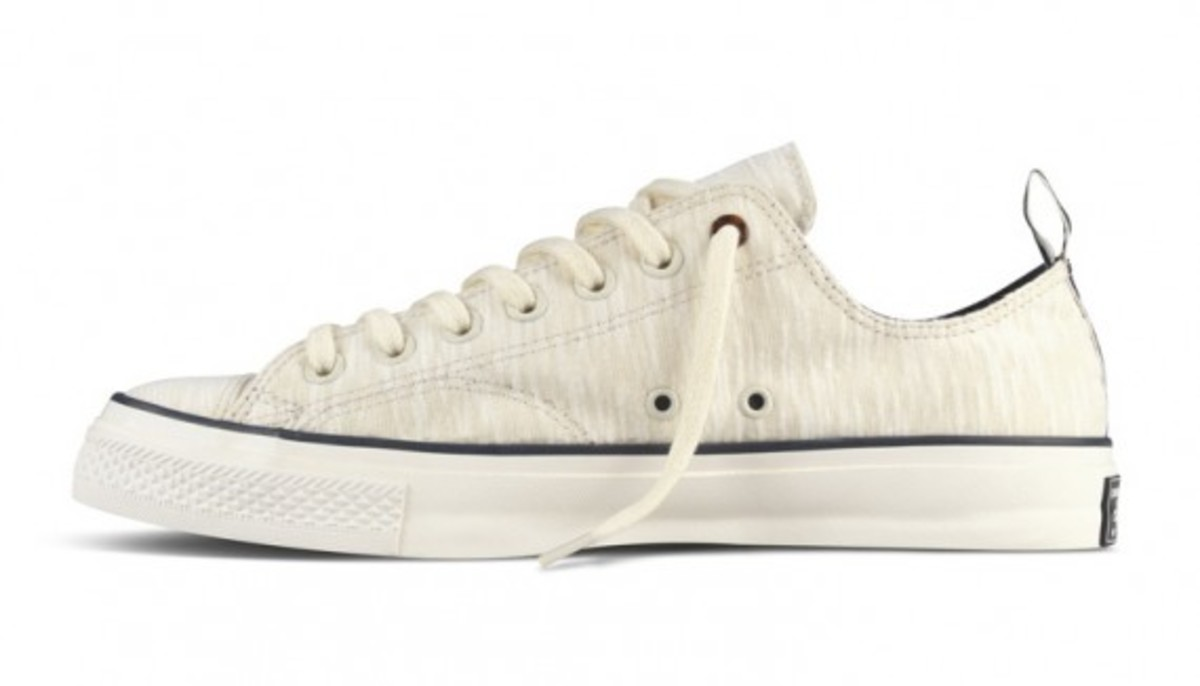 converse-chuck-taylor-first-string-standards-13