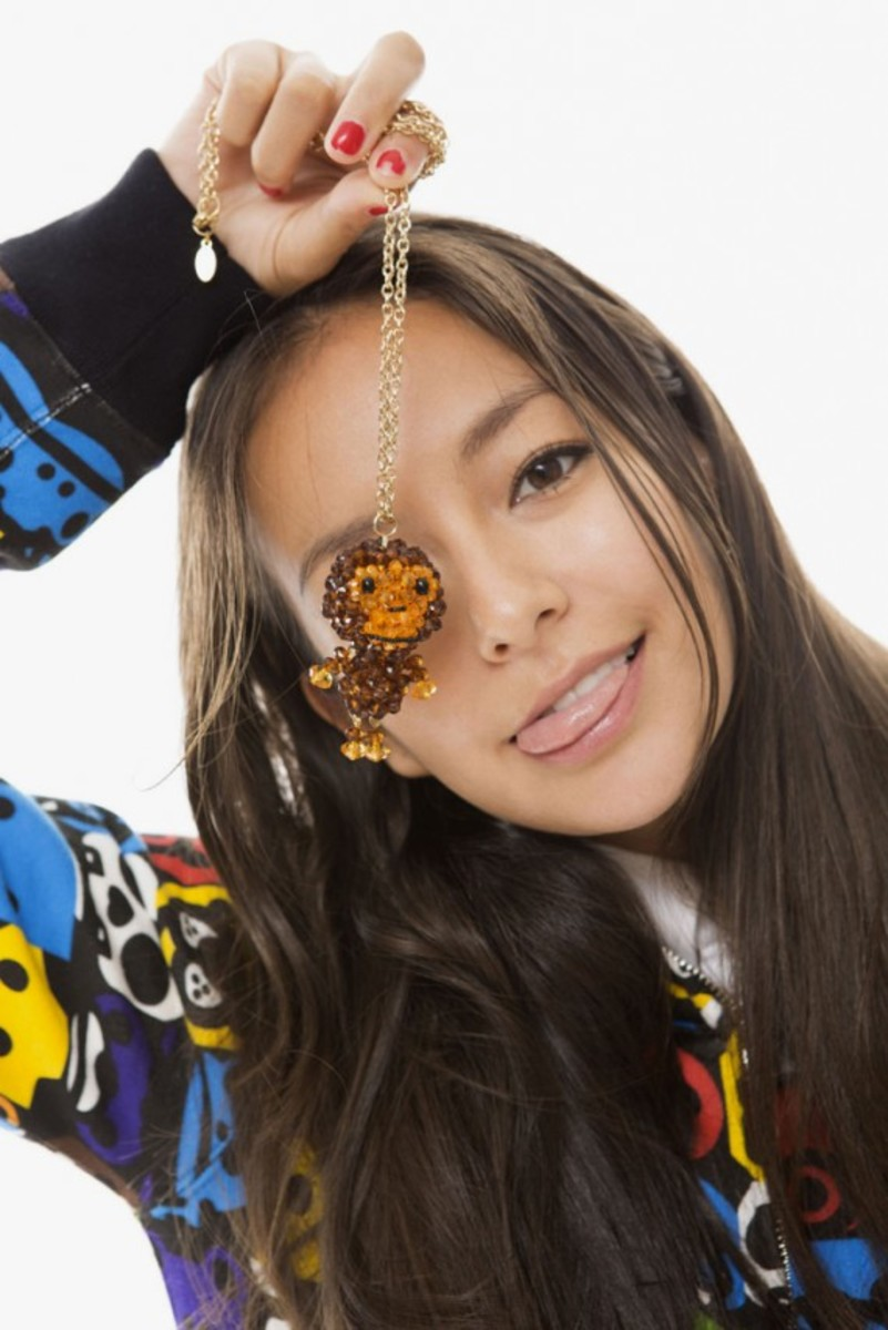 a-bathing-ape-ladies-fall-winter-2012-lookbook-18
