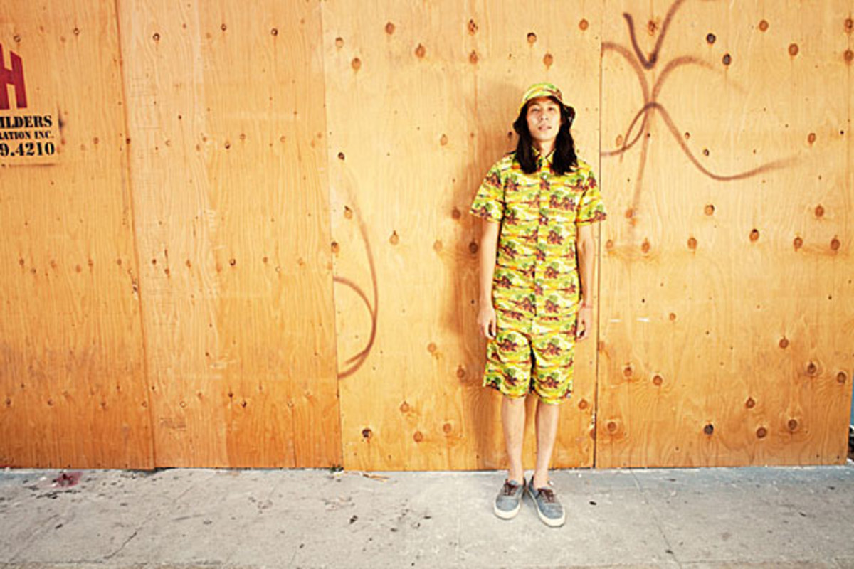 a-bathing-ape-undefeated-summer-2012-collection-lookbook-04