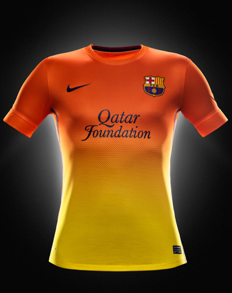 nike-football-fc-barcelona-home-away-kit-2012-2013-10