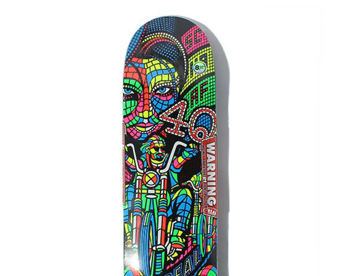 4q-real-chris-wright-max-schaaf-forever-skareboard-deck-00