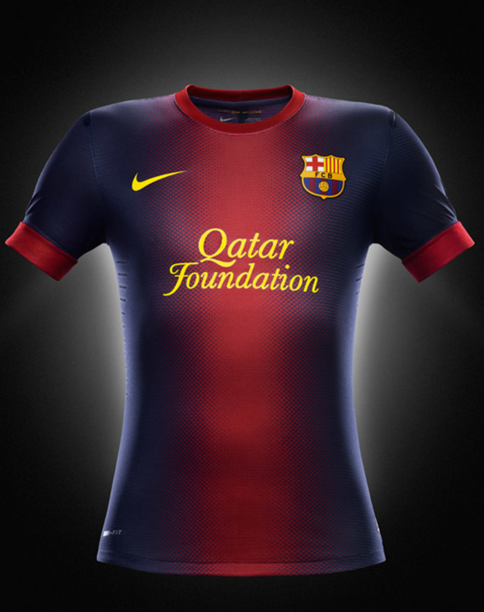 nike-football-fc-barcelona-home-away-kit-2012-2013-03