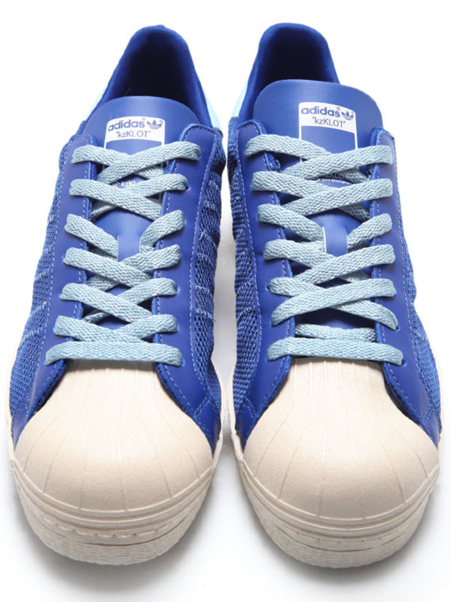 clot-kazuki-kuraishi-adidas-originals-kzklot-superstar-80-royal-blue-05