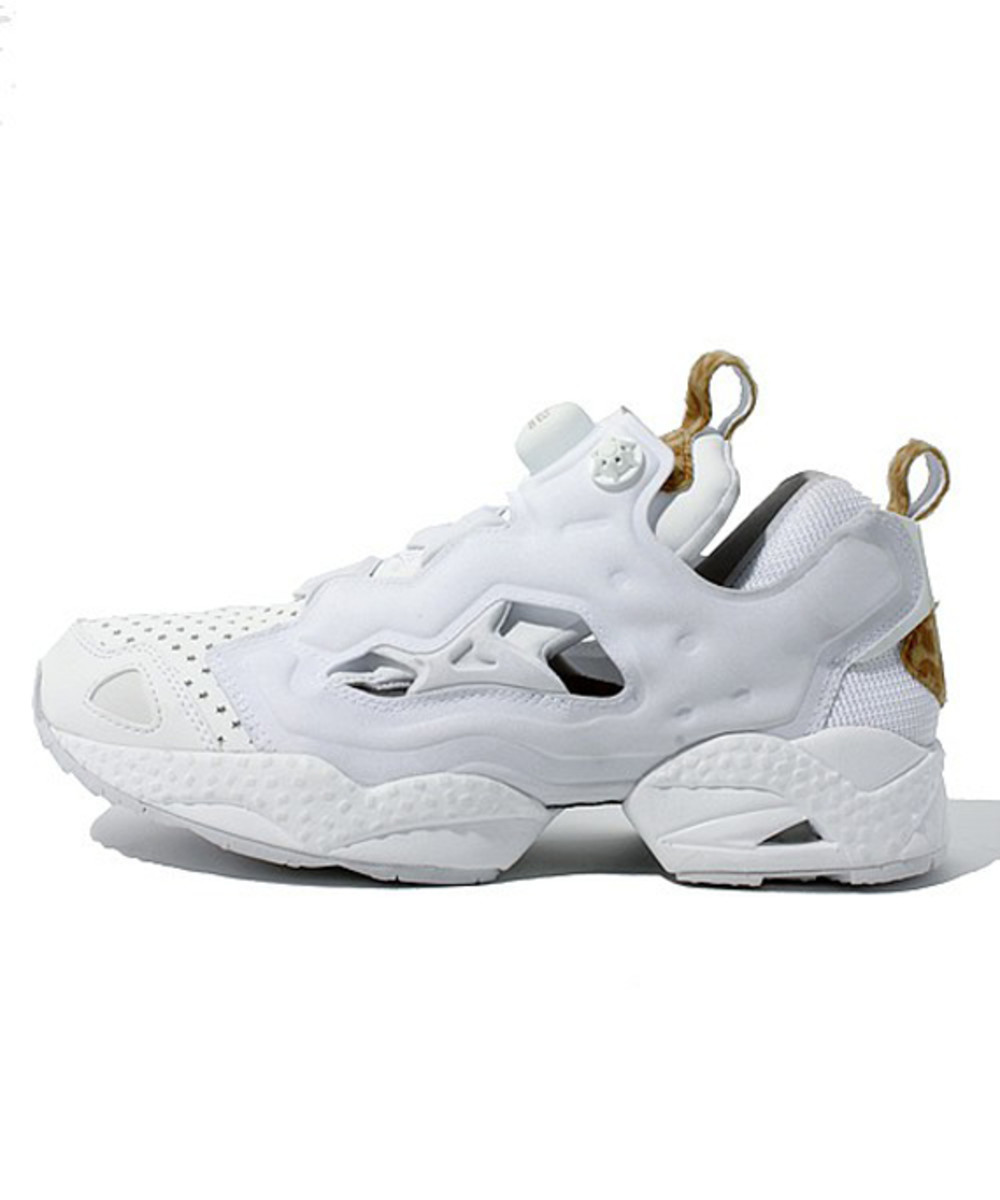atmos x reebok insta pump fury white leopard freshness mag. Black Bedroom Furniture Sets. Home Design Ideas