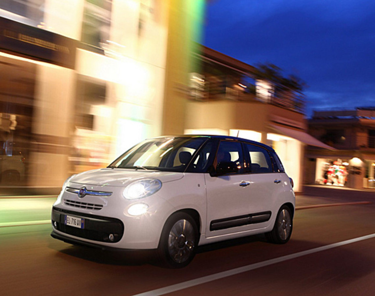 fiat-500l-officially-unveiled-09