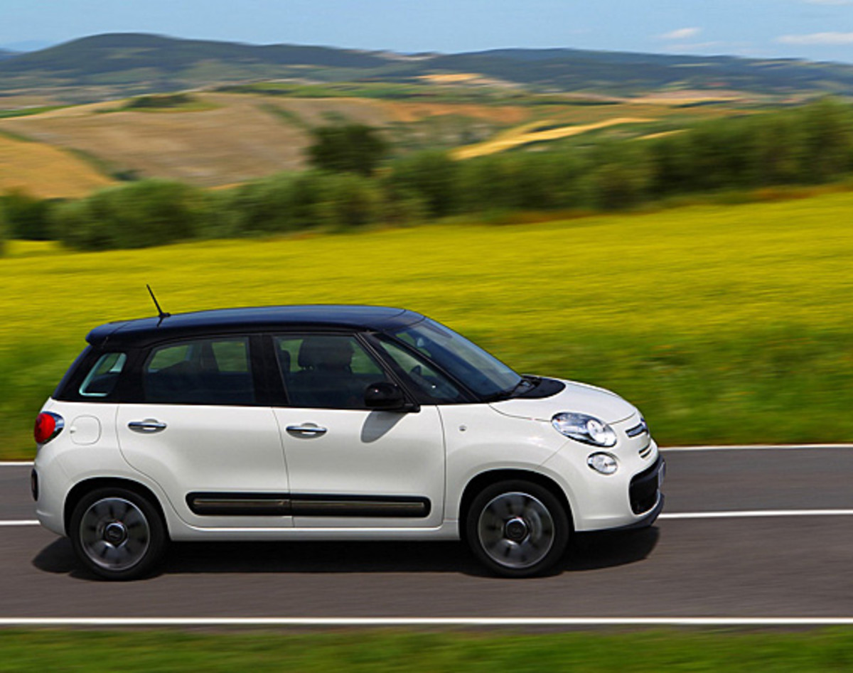 fiat-500l-officially-unveiled-02