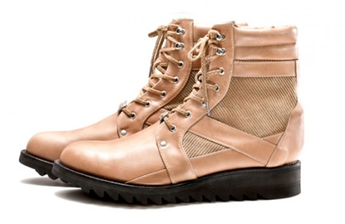 white-mountaineering-fall-winter-2012-footwear-collection-06