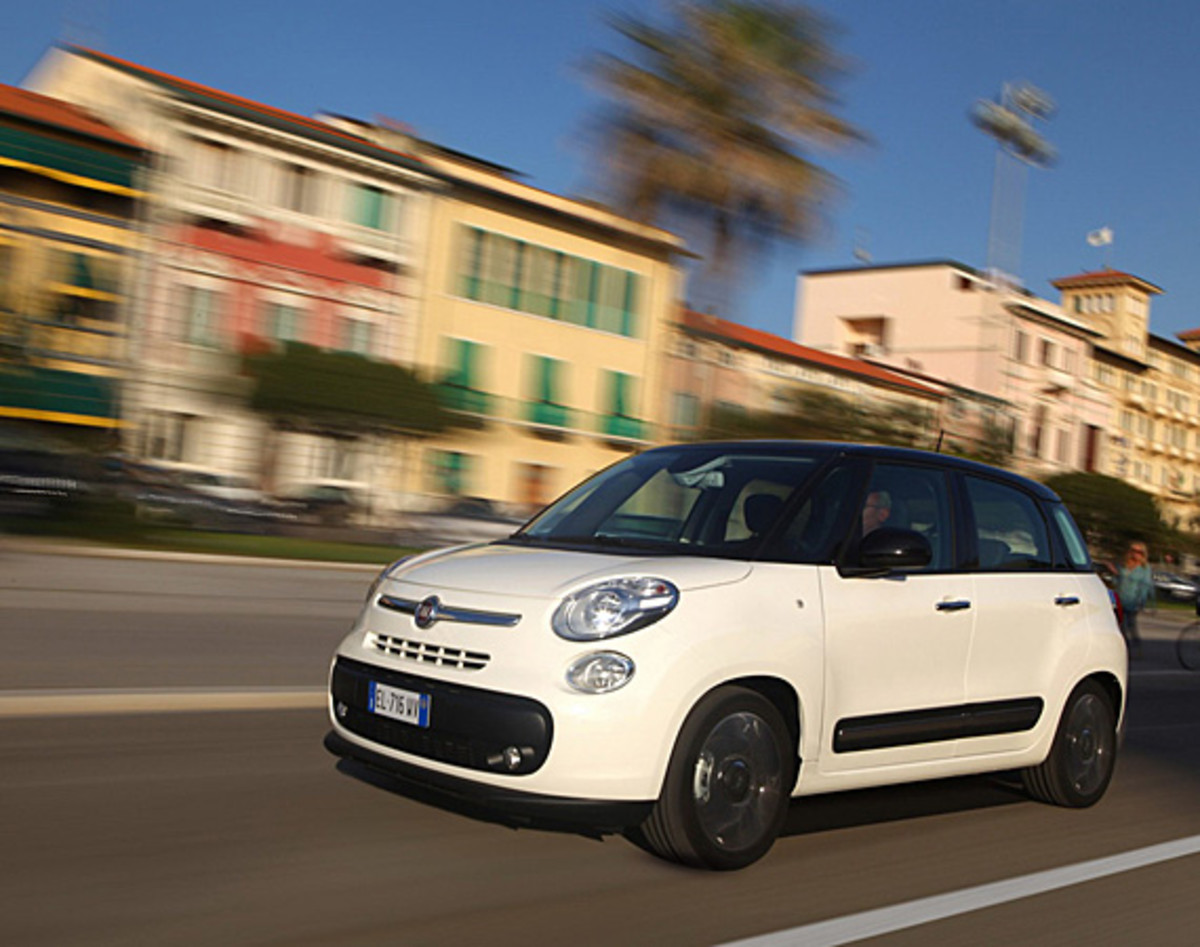 fiat-500l-officially-unveiled-03