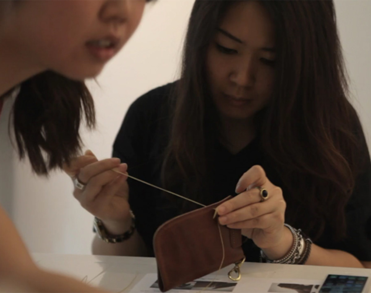 peek-masterclass-with-leather-factory-roberu