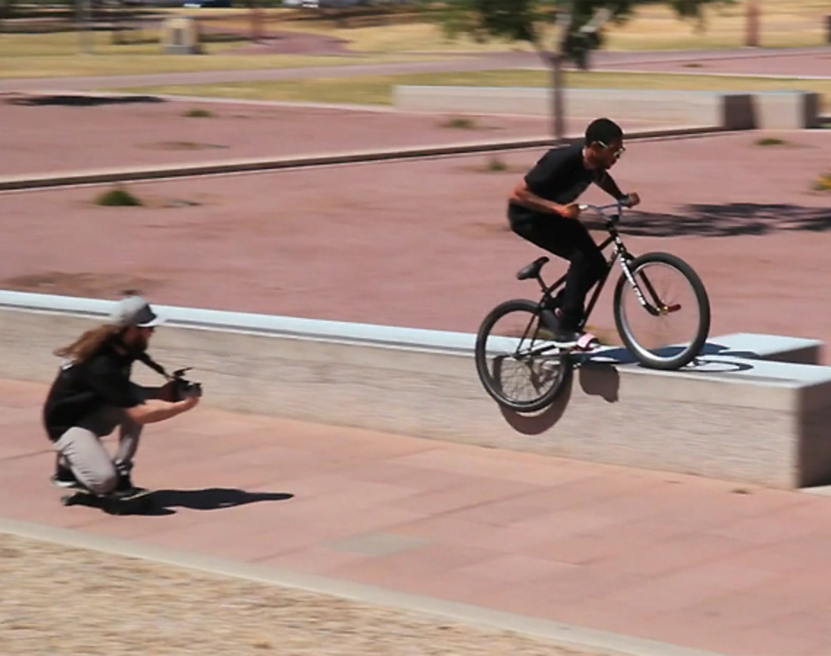 chop-em-down-films-cant-fool-the-youth-fixed-gear-freestyle-video-magazine