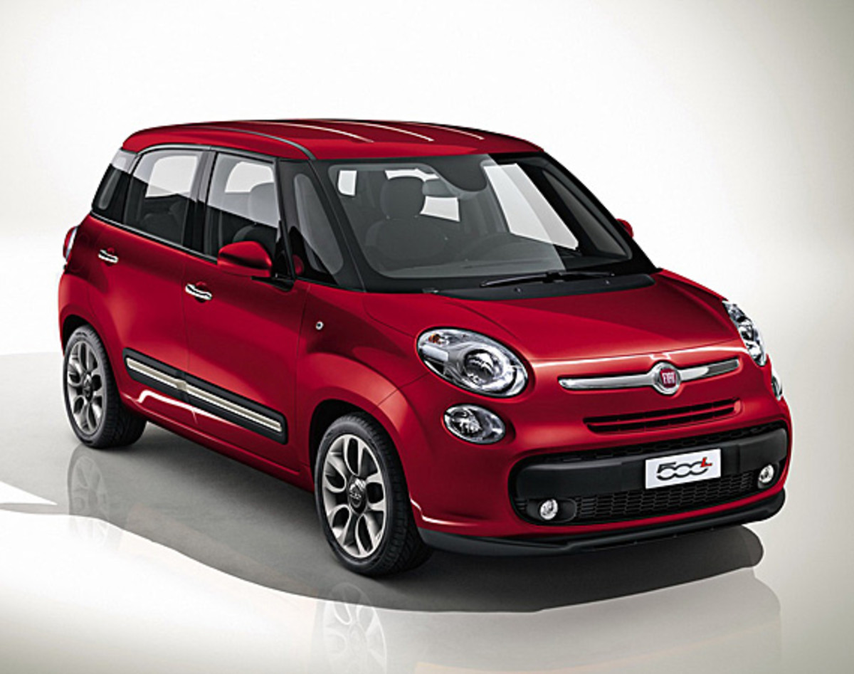 fiat-500l-officially-unveiled-32
