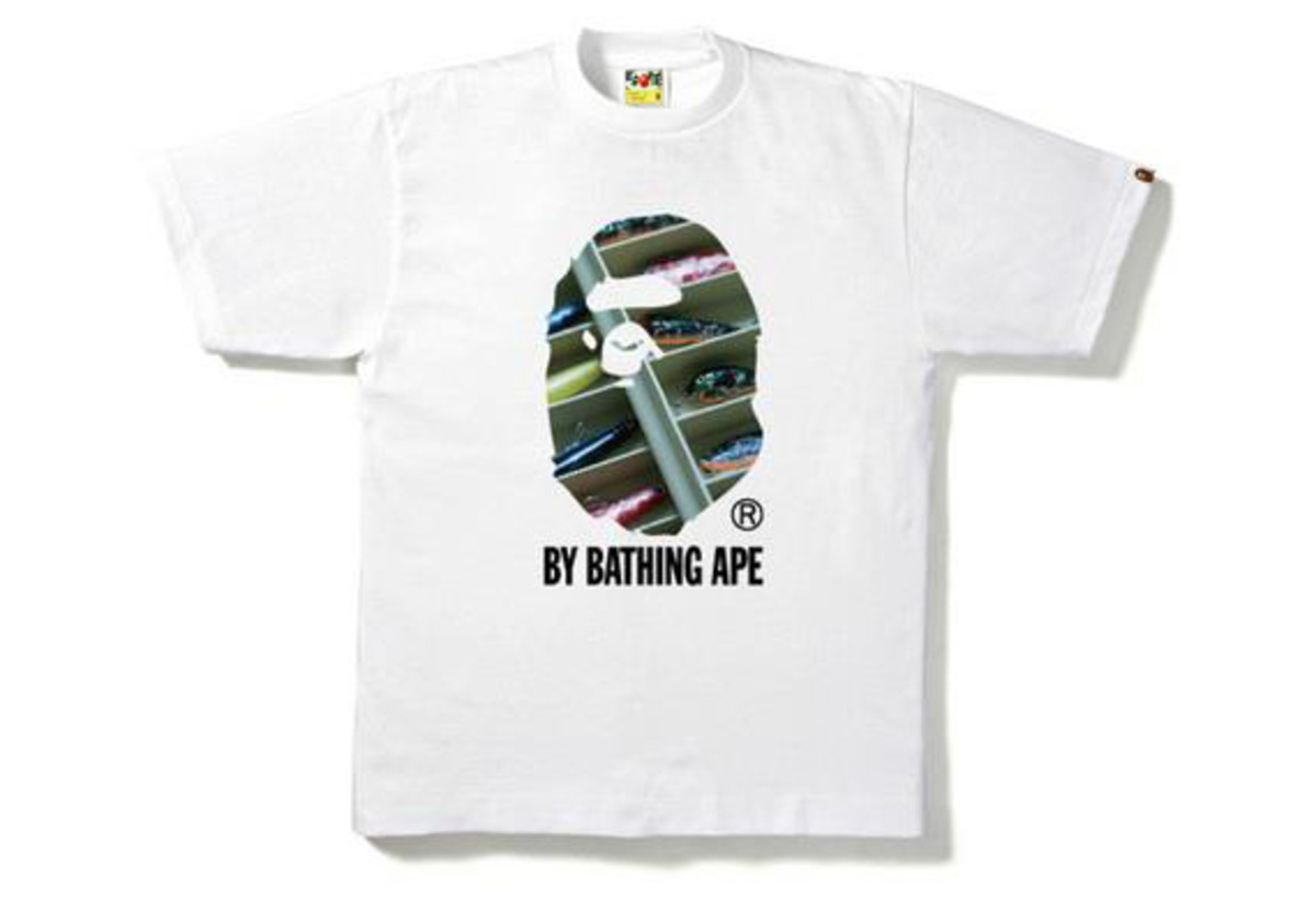a-bathing-ape-singapore-photo-t-shirt-02