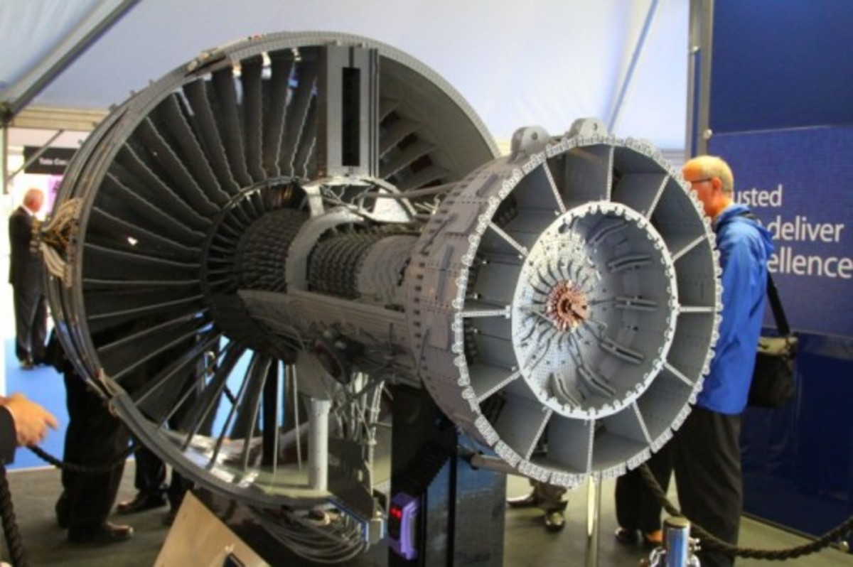 rolls-royce-lego-jet-engine-12