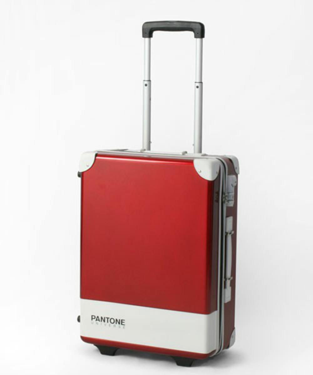 pantone-universe-carry-case-08