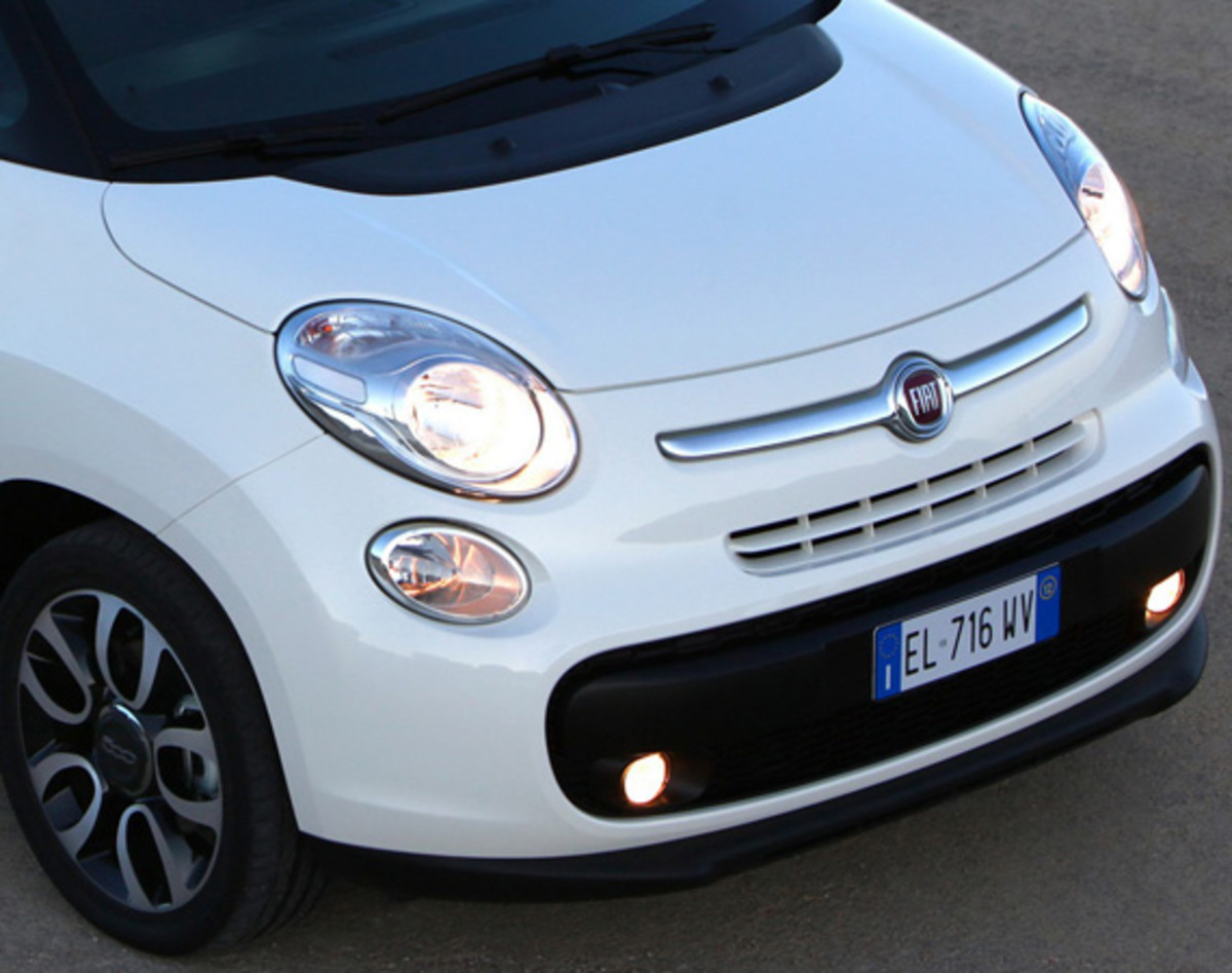 fiat-500l-officially-unveiled-31