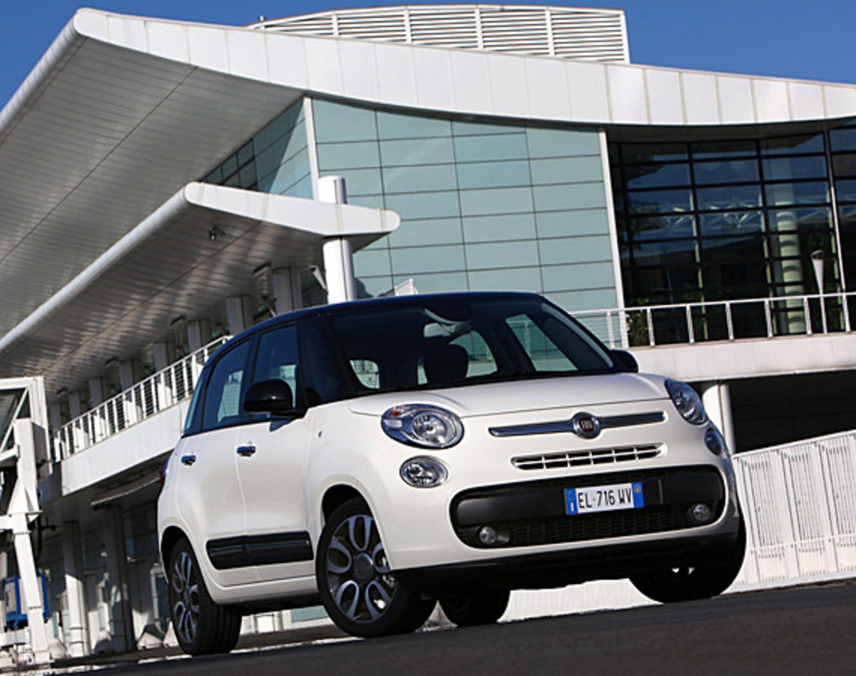 fiat-500l-officially-unveiled-06