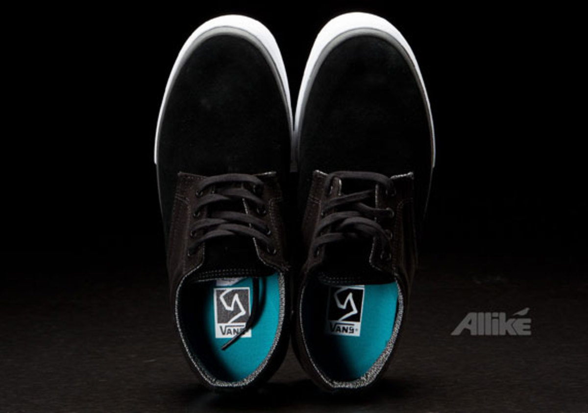 vans-syndicate-derby-available-10