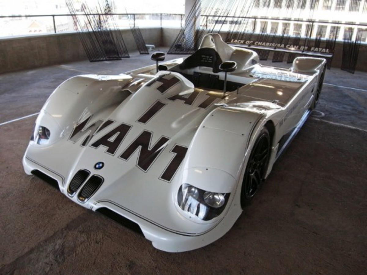 bmw-art-car-collection-exhibition-london-23