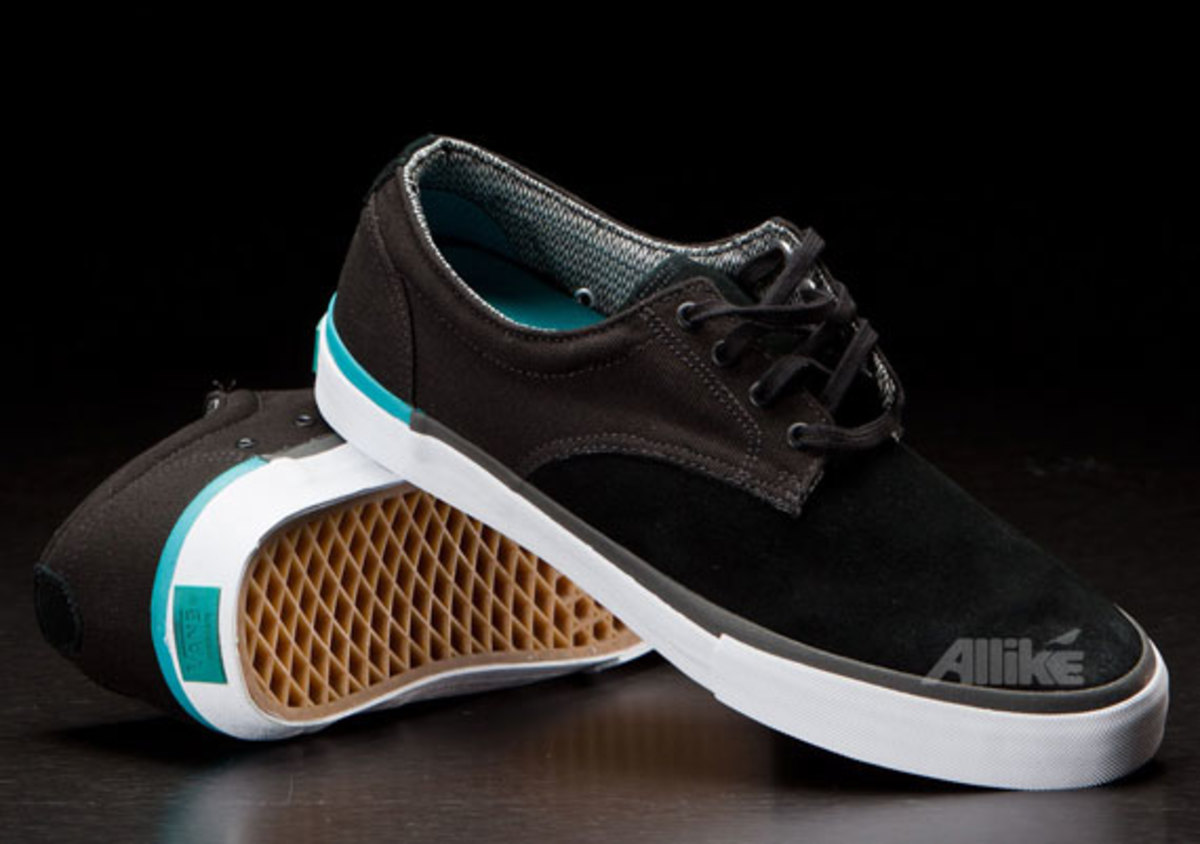 vans-syndicate-derby-available-06