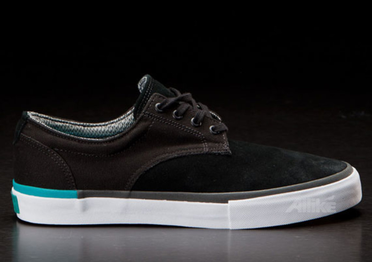 vans-syndicate-derby-available-07