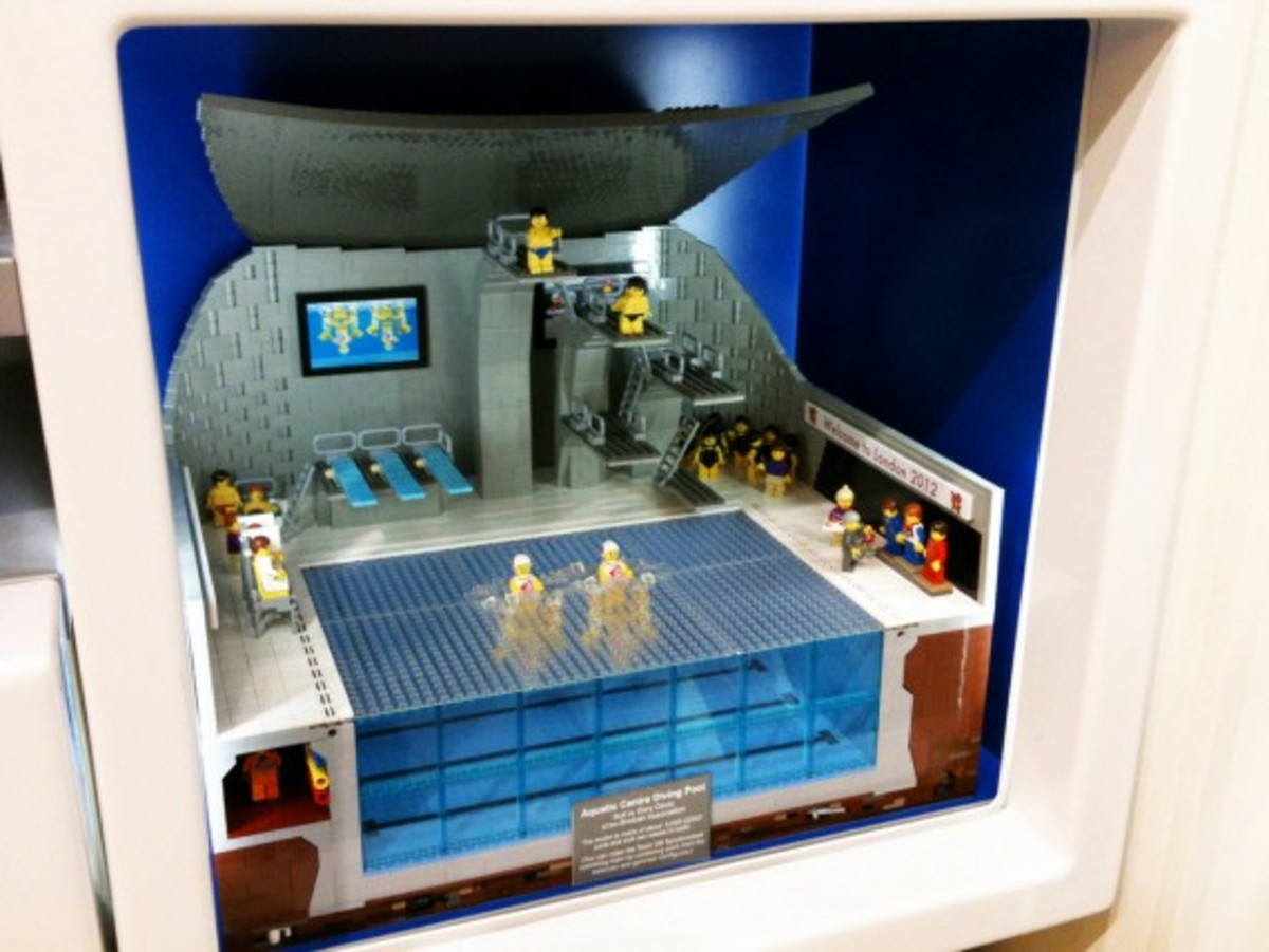 lego-2012-london-olympics-aquatic-center-by-bricks-for-brains-2