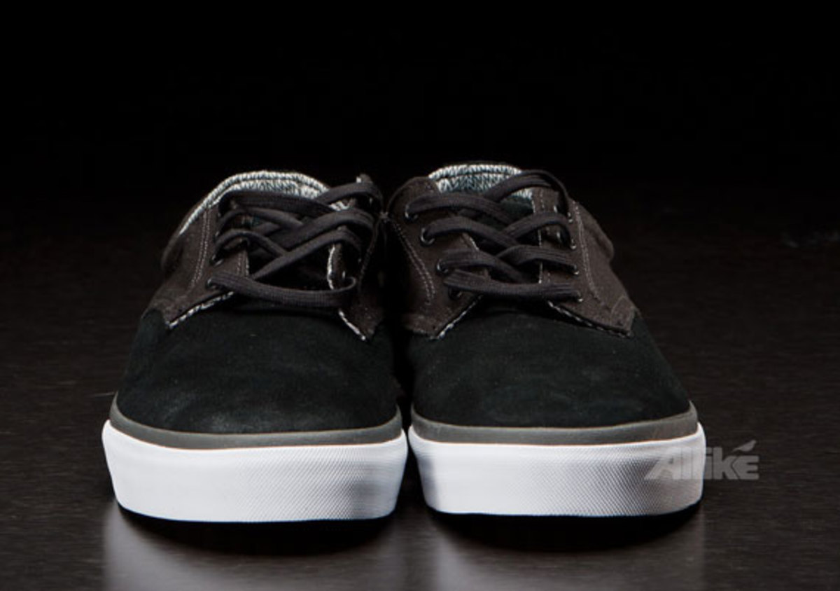 vans-syndicate-derby-available-08
