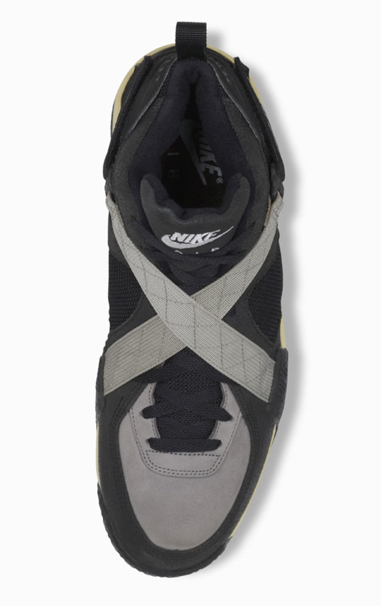 nike-basketball-1992-2012-air-raid-09