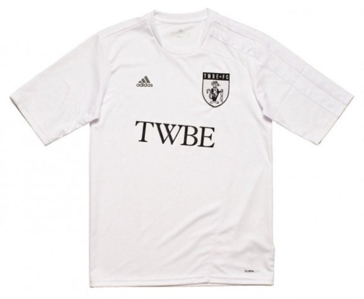 adidas-fanatic-xi-soccer-tournament-2012-team-jersey-kits-07